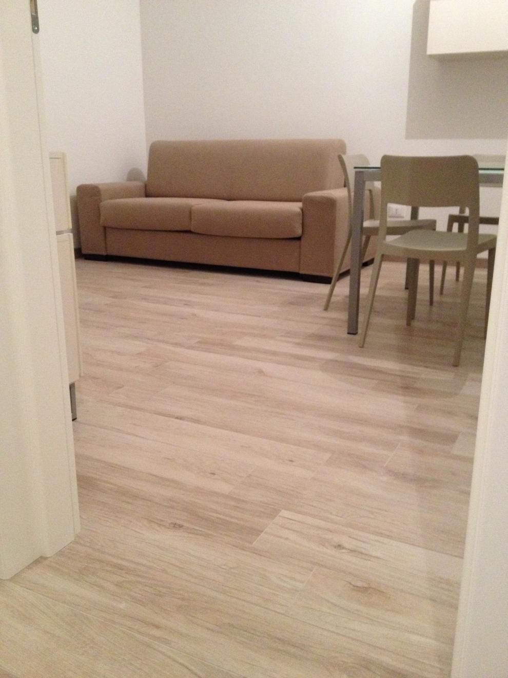 Pavimento Effetto Legno Rovere pavimenti in gres porcellanato effetto legno - ideal casa